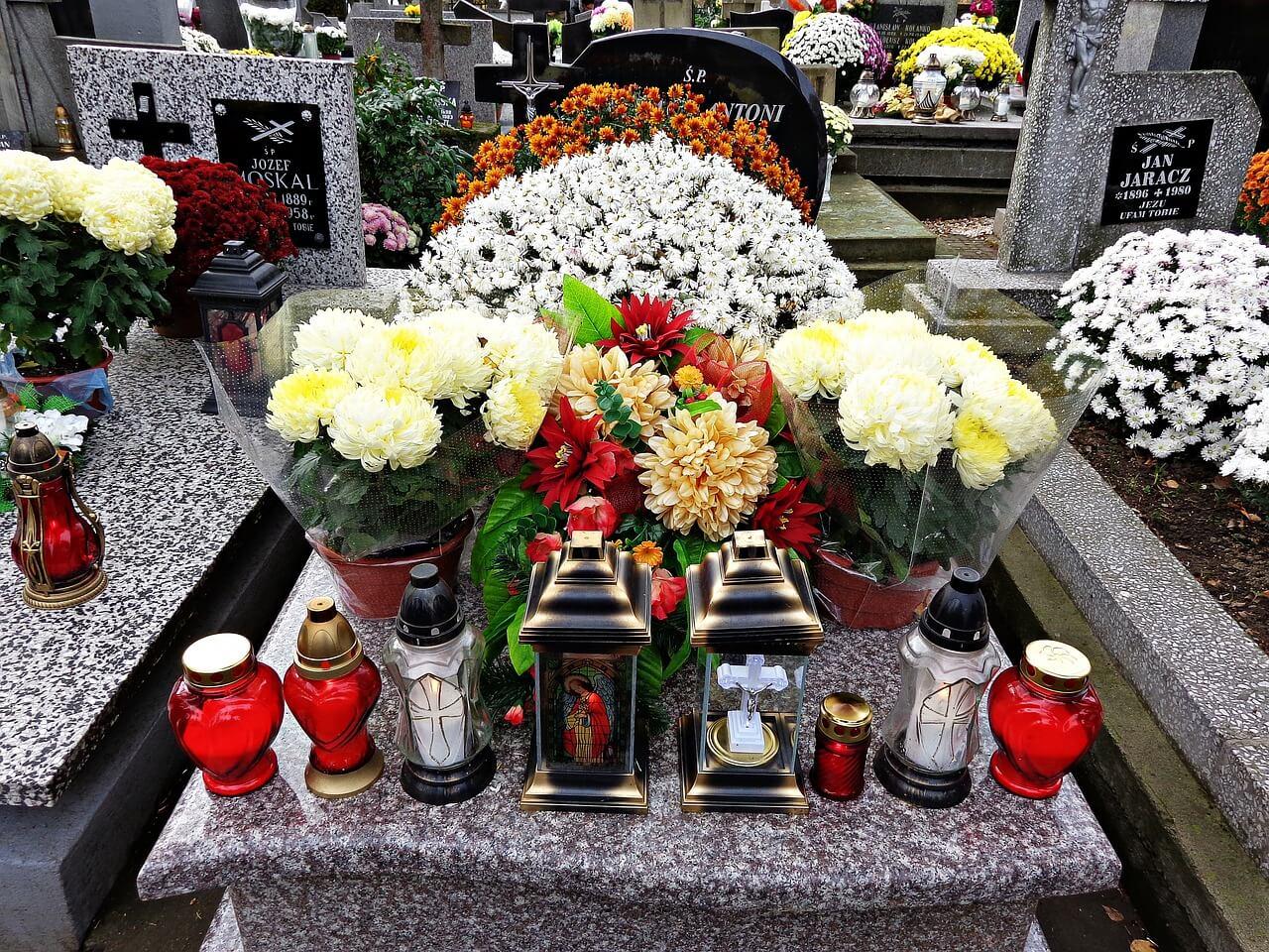 Firmy zajmujące się organizacją pogrzebów